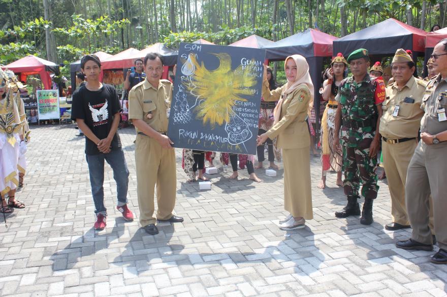 Image : Desa Banjarnegoro Juara 3 Lomba Desa se Kabupaten Magelang